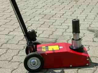 TRA1200-1  (hidropneu 20t)