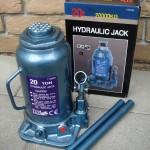 Hidraulikus palack emelő (2)
