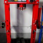 TY50001 - prés 50 t pneumatikus (1)